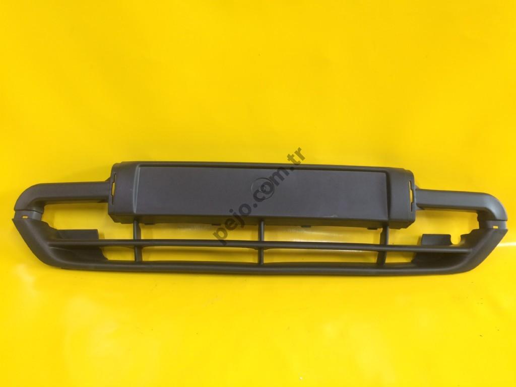 Citroen Xsara 1 Ön Tampon Izgarası