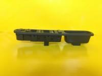 Peugeot 207 Sol Cam Düğmesi Dörtlü