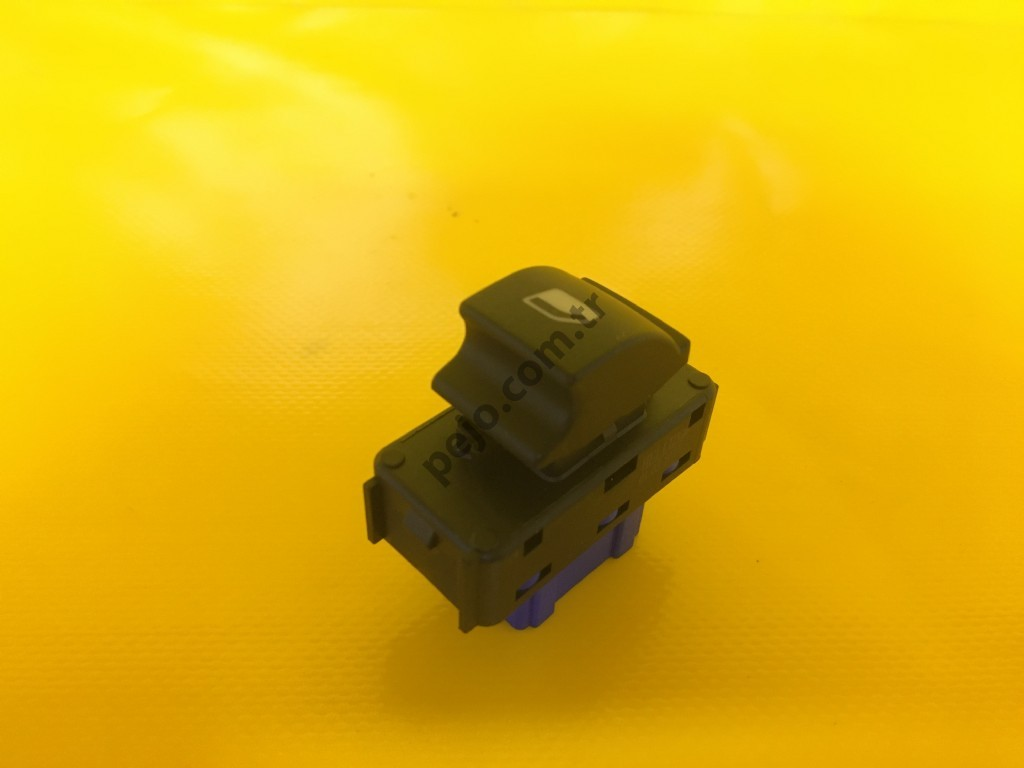 Peugeot 301 Sol Cam Düğmesi