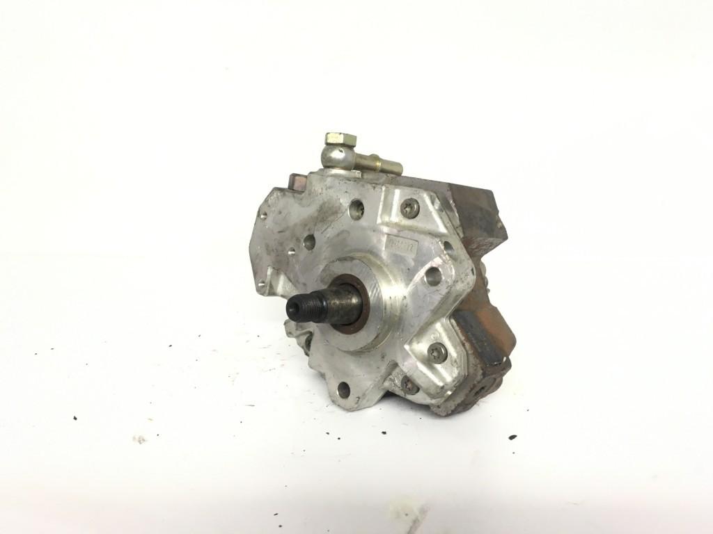 Peugeot 307 Mazot Pompası 1.4 Dizel Bosch 9637635980