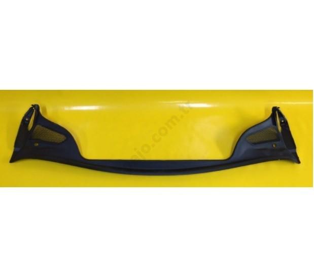 Peugeot 307 Ön Cam Alt İzgarası