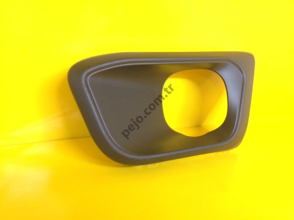 Peugeot 308 T9 Sis Kapağı Sağ