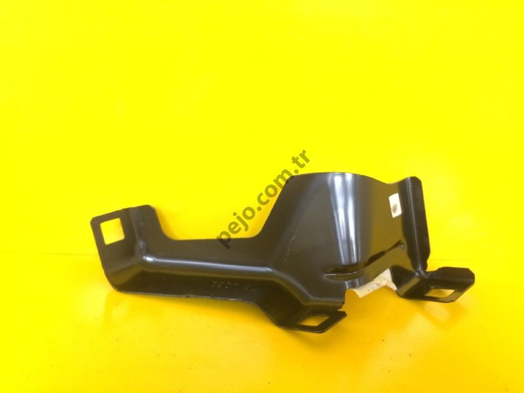 Peugeot Boxer 3 Çamurluk Bağlantı Sacı Sağ